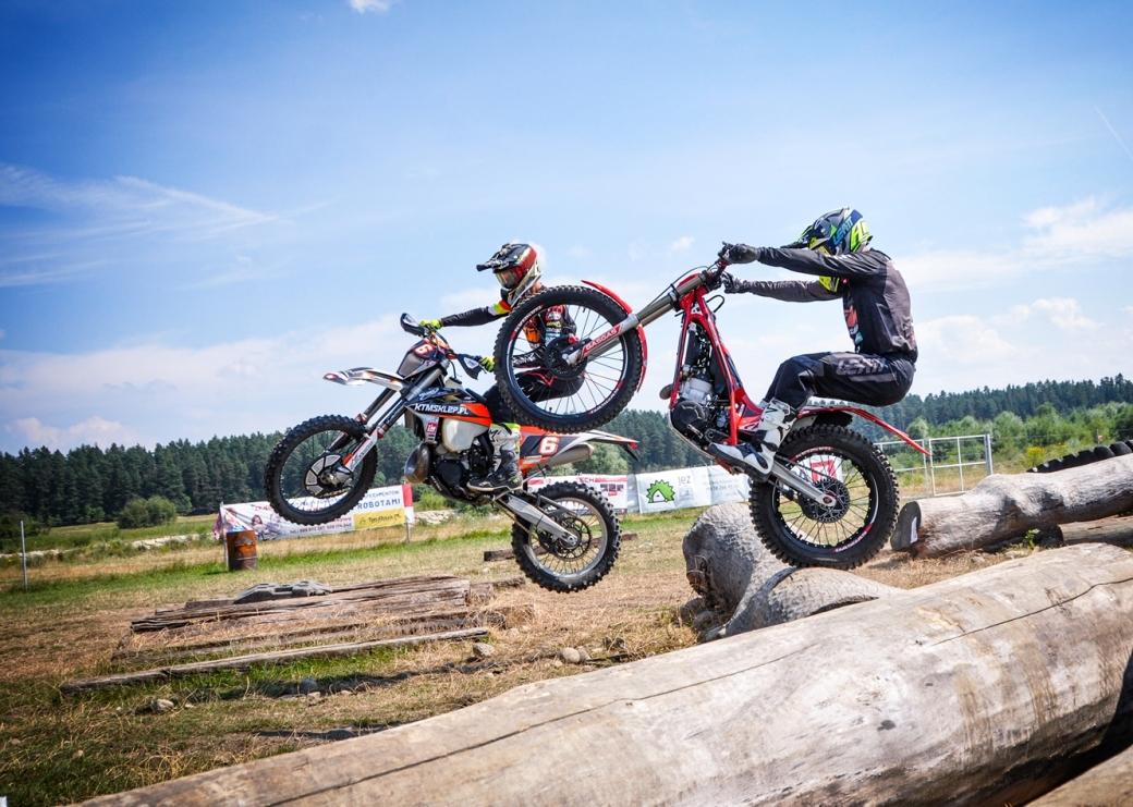 przemek-kaczmarczyk-oskar-kaczmarczyk-treningi-enduro-trial-ktm-300-exc-gasgas-txt-racing-300-ktmsklep.pl-gasgas-sklep